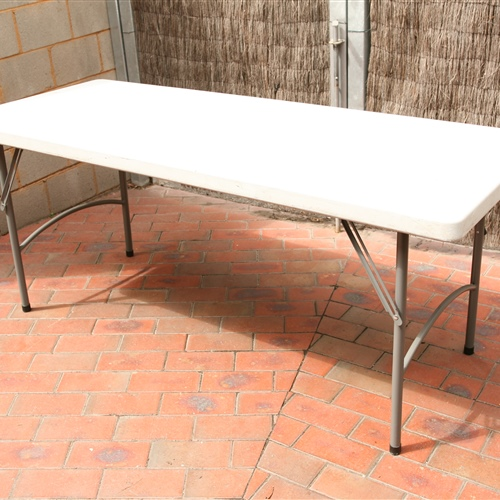 Trestle table (1.8m x 0.75m x 0.75m)