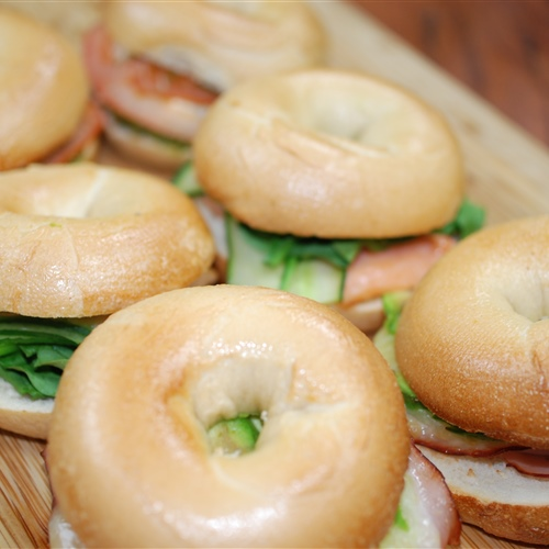 Breakfast Bagels Mini